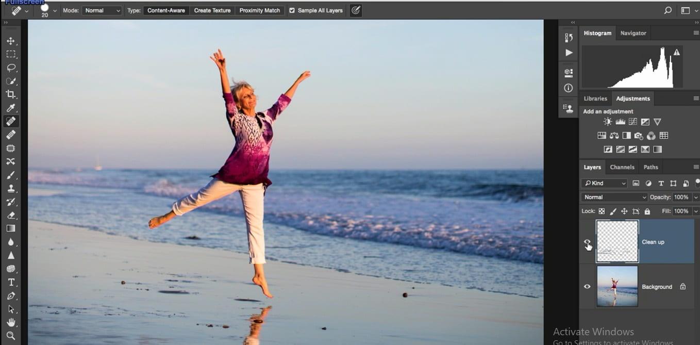 حذف قسمت های اضافه تصویر با ابزارspot healing Brush در روتوش پرتره