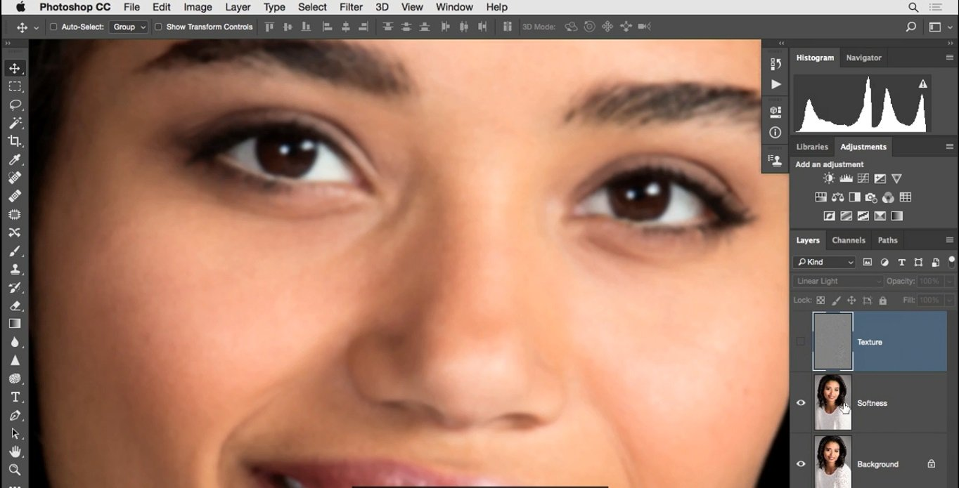 اعمال شدن دو فیلتر Dust And Scratches Gussian Blur به لایه texture در فتوشاپ از آموزش روتوش پرتره